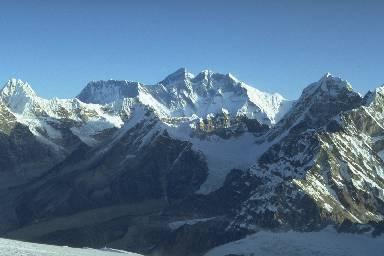 De gauche à droite: Ama Dablam, Mont Everest, Lhotse