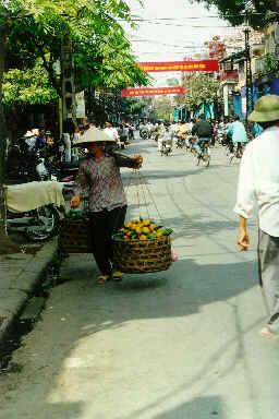 Scènes de rue à Hanoï