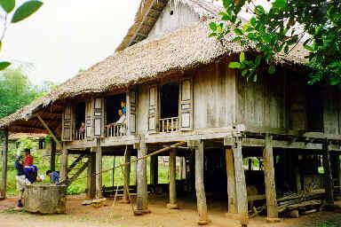 Maison Thaï sur pilotis