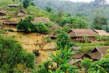 Village Yaos Noir
